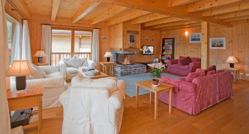 So much space at Chalet La Couronne